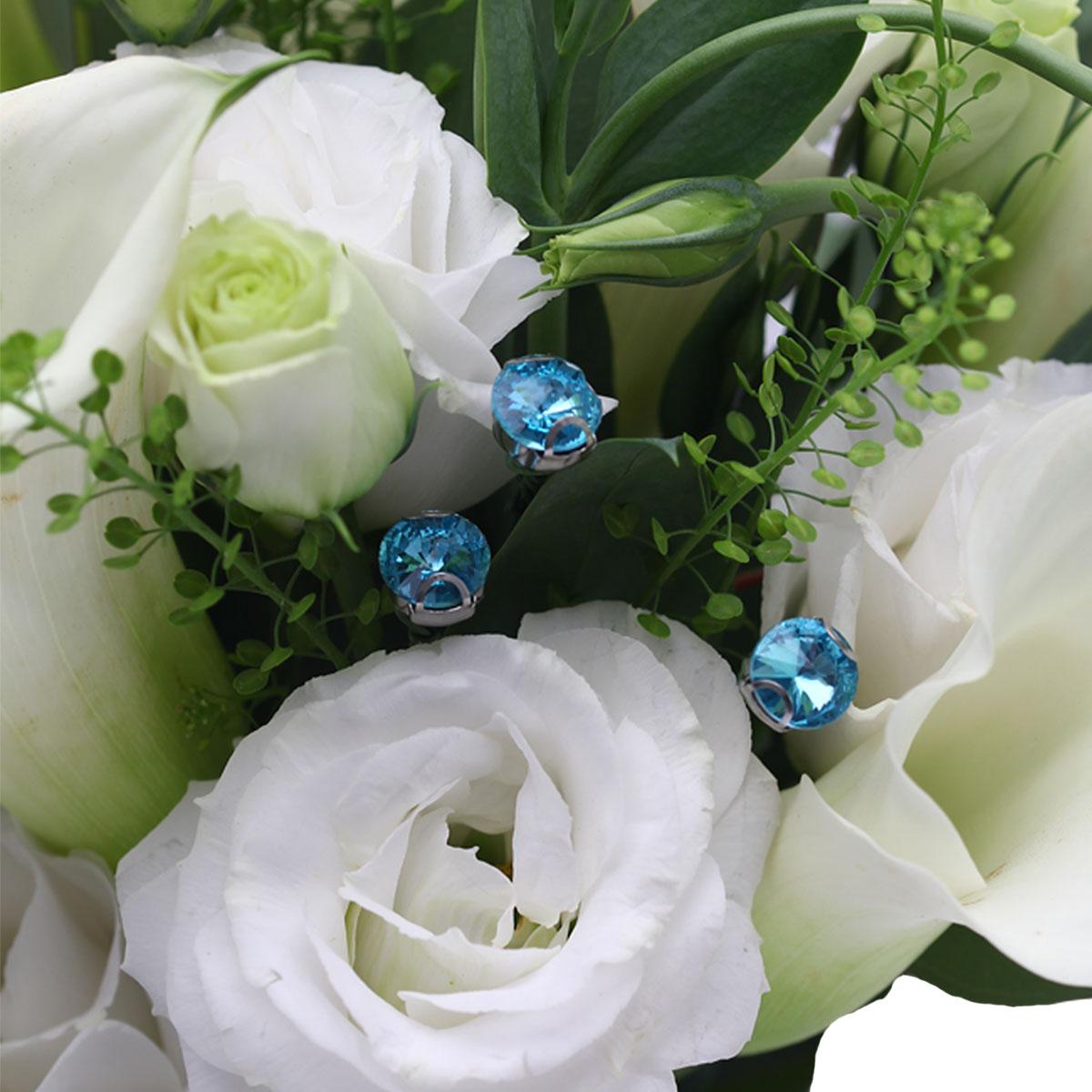 TQ1702 Majestic Charm White Calla lilies