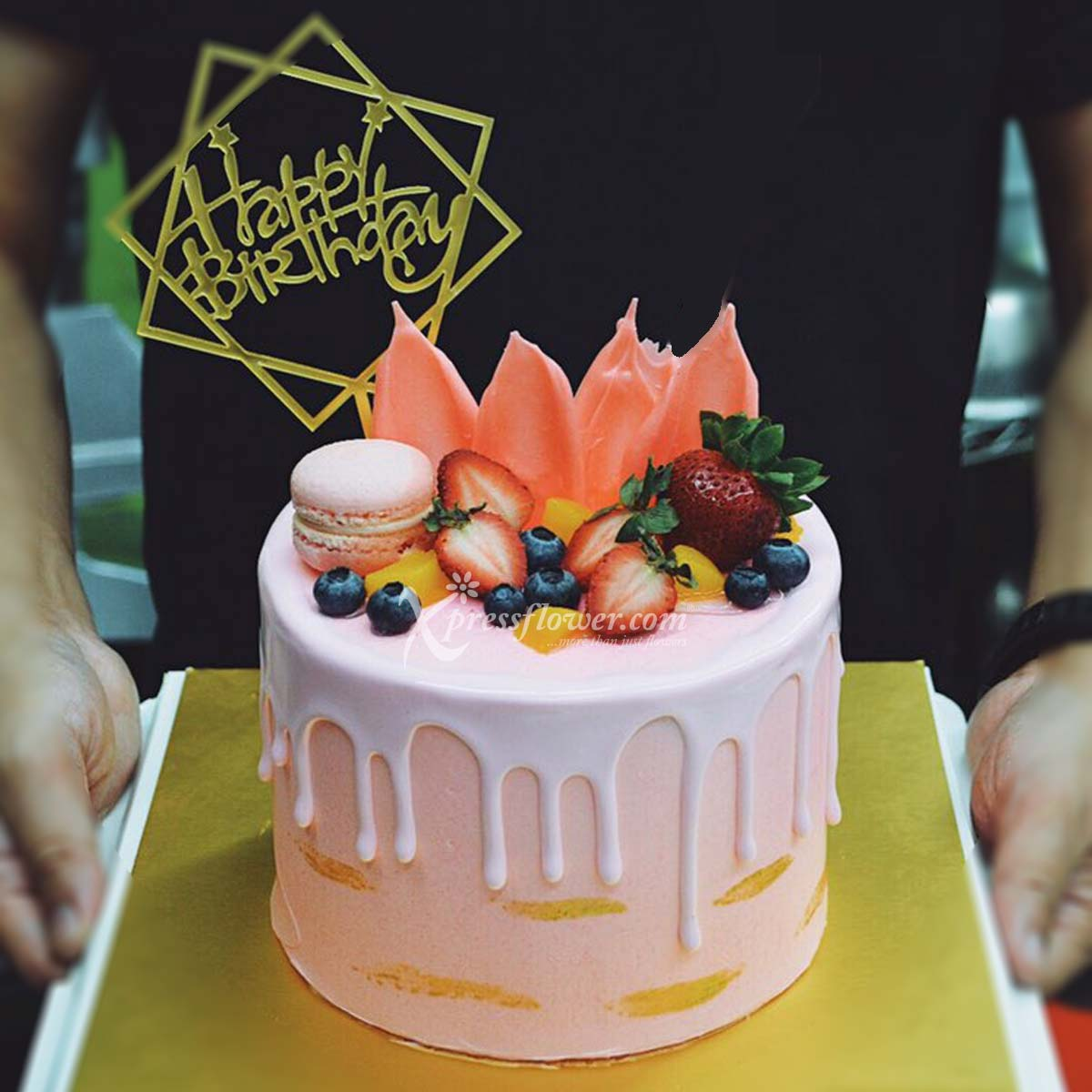 Dusty Pink Drip Cake