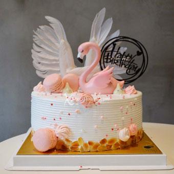 Flamingo Cake (Twenty Grammes Whole Cake)