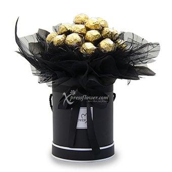 NightFall (18 Ferrero Rocher Chocolate with Fairy Lights)