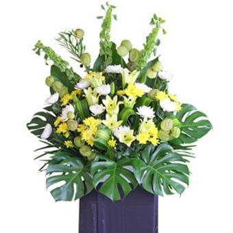 Sending You Strength (Wreath)