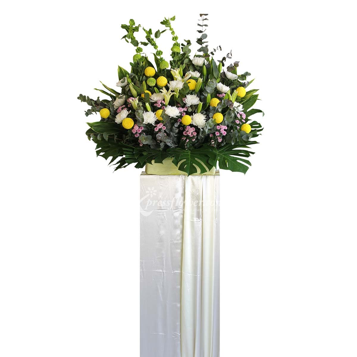 SC1809 Comfort And Solace Wreath Funeral & Condolence Flower Stands