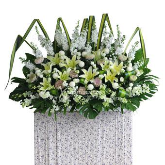 Perpetual Loving Memories (Premium Funeral Condolence Flower Wreath)