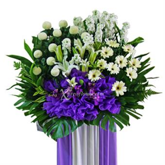Charming Consolation (Wreath)