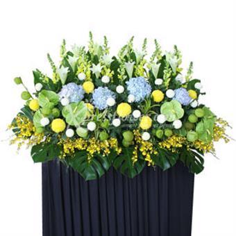 Heartfelt Sympathy (Wreath)