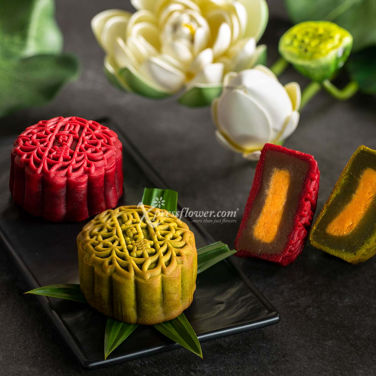 MAF1983 Happy Together flower and mooncake