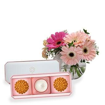 Blushing Blossoms (8 Gerberas with NestBloom premium bird's nest mooncake set)