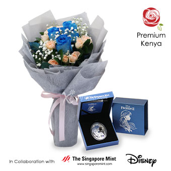 Night Frost (3 blue roses with Disney Frozen medallion)