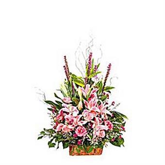ARRANGEMENT OF CUT FLOWERS (HK)