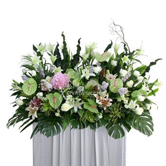 Heartfelt Condolence (Wreath)