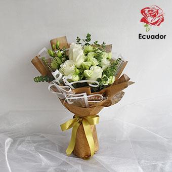 Simplistic Elegance (6 stalks Premium Ecuador White Roses)