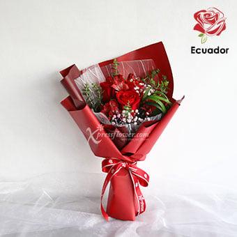 Crimson Glow (3 stalks Premium Ecuador Red Roses)