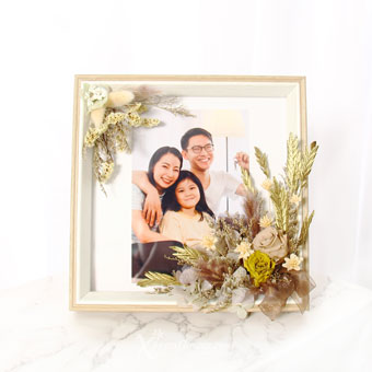 Flaunting Olive (Preserved flowers photo frame with personalised photo)