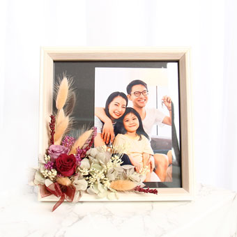 Graceful Flush (Preserved flowers photo frame with personalised photo)
