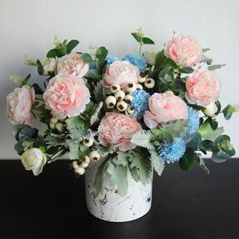 Vintage Flo (Artificial Flowers)