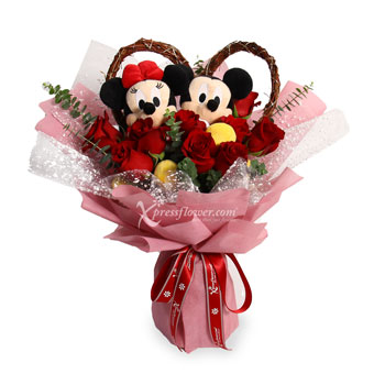 Perfect Couple (9 Red Roses with Disney Mickey & Minnie set)